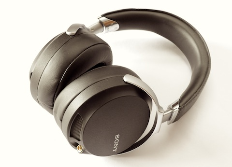 Sony MDR-Z7_a