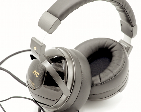 JVC HA-DX2000 headphones – songs from the wood